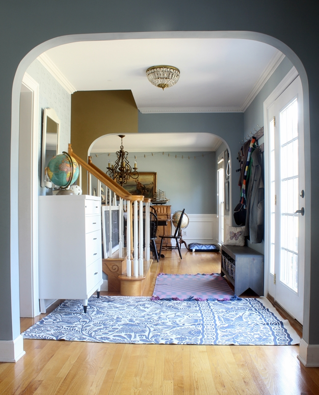 Colonial Home Foyer : Updating the house tour foyer and a new rug